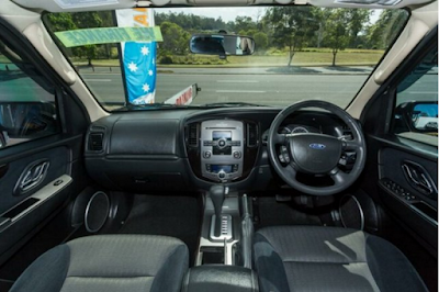 Interior Ford Escape Facelift Kedua