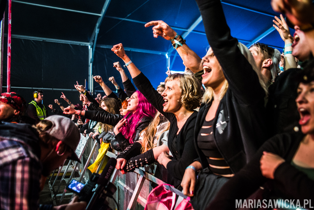 crowd fans first row Stam1na Provinssi Festivaali 2015 Seinäjoki