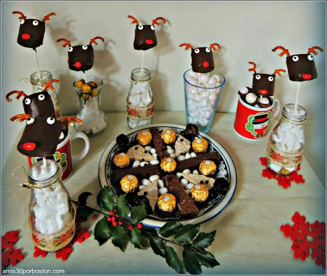 Mesa Dulce de Navidad con Turrones y Renos de Chocolate