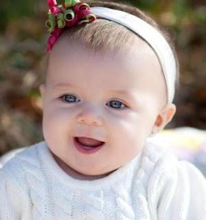 Tidak sedikit orang mencari kumpulan gambar foto bayi lucu Kumpulan Gambar Foto Bayi Lucu, Tampan, Cantik dan Menggemaskan Terbaru