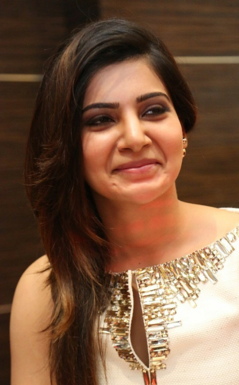 Beautiful Telugu Girl Samantha Latest 2017 Stills In White Dress