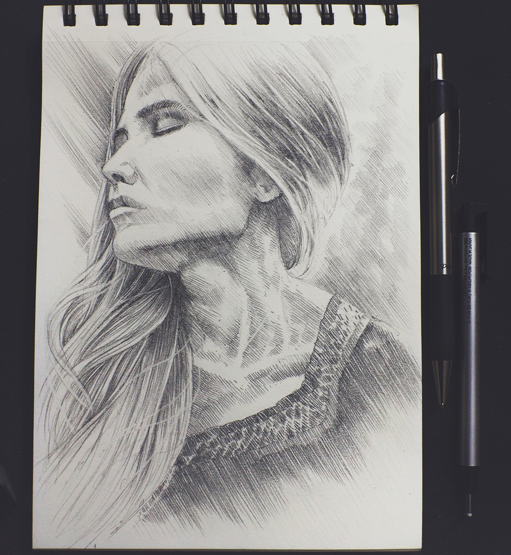 06-Ever-Sanchez-Charcoal-and-Pencil-Portrait-Drawings-www-designstack-co