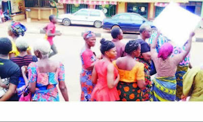 Women Protest Arrest Of Innocent Pastor By SARS