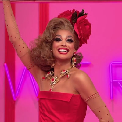 RPDR Valentina werkroom entrance look