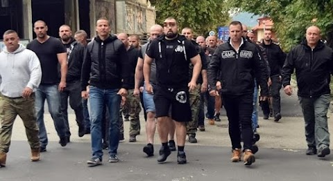Kitört a háború a Jobbik és a Mi hazánk között