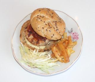 Burger de casa retete culinare,