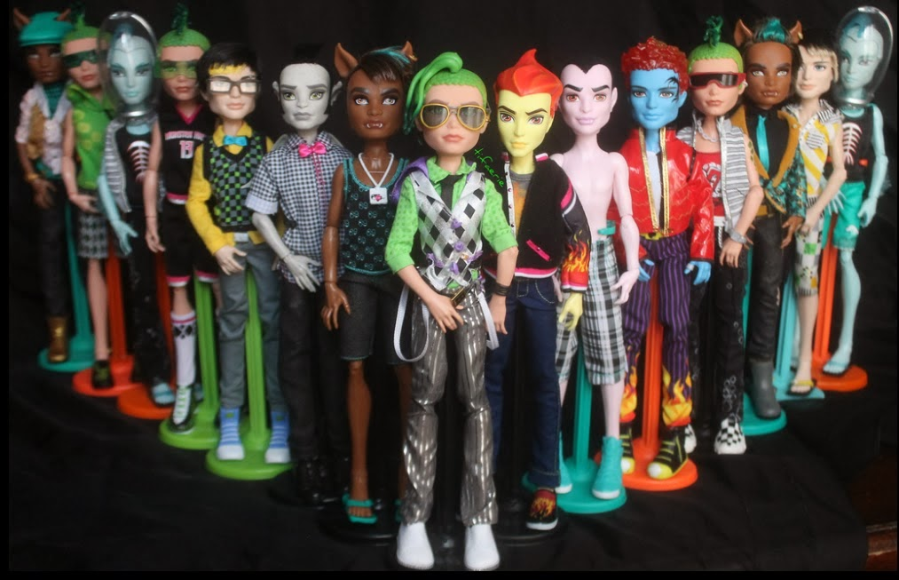 http://monsterhighactually.blogspot.fr/2013/07/boys-power.html