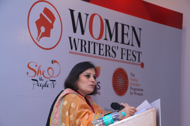 Anuradha Das Mathur speaking at women writer fest-min