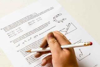 #10 Soal Dan Jawaban Materi Fisika Kelas 12
