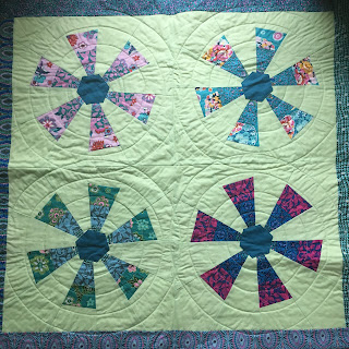 merry go round amy butler jelly roll quilt