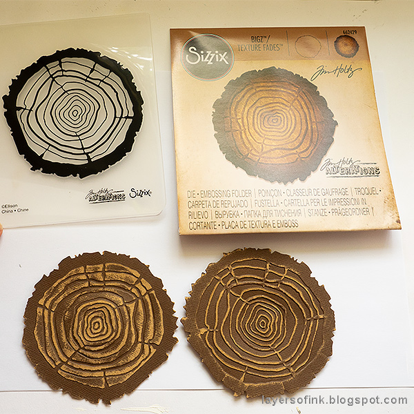 Layers of ink - Rosette Wall-hanger Tutorial by Anna-Karin Evaldsson with Sizzix Tim Holtz Tree Ring