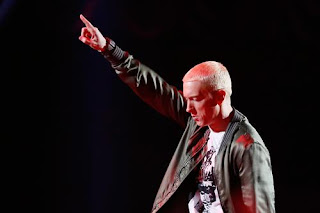 Eminem making new feats in his career.