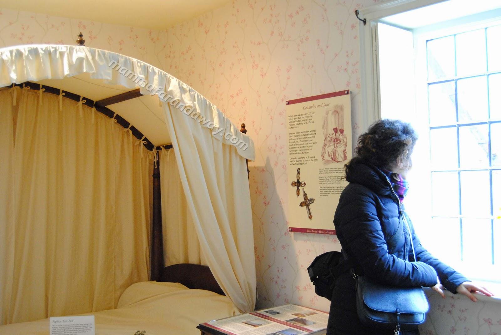 Jane austen 39 s house museum mamma far and away for 2 piani di cabina di ceppi di storia
