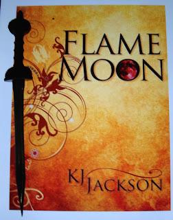Portada del libro Flame Moon, de K. J. Jackson