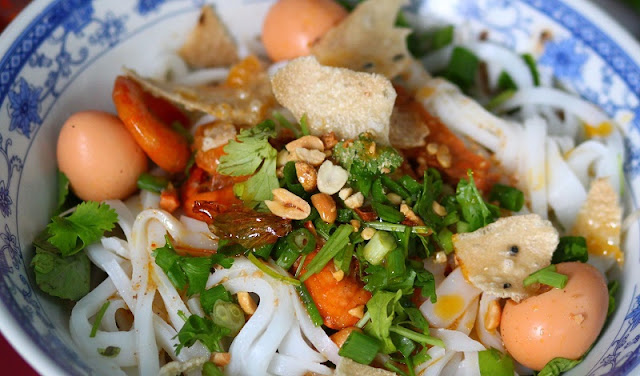 Central Vietnam Food -  Destination for Culinary Tourisms 12
