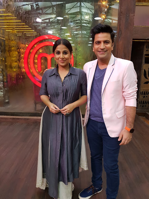 Vidya Balan promoted Kahaani 2 on masterchef set. seen here with Kunal Kapur