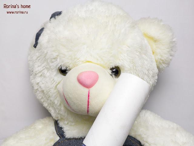 Как легко почистить крупные мягкие игрушки от пыли?