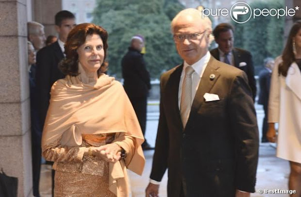 Swedish Royal Family attended  a performance of The Magic Flute in connection with the Opening of the Parliamentary Session