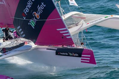 Gilles Lamiré à la barre du Multi50 ex-FenetréA