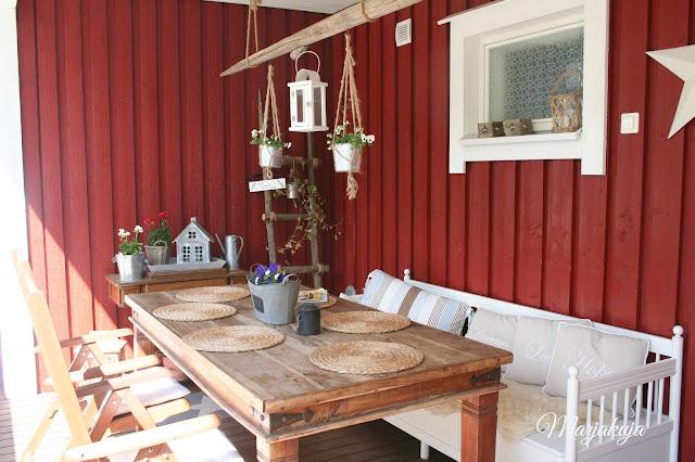 pöytä ennen maalausta
