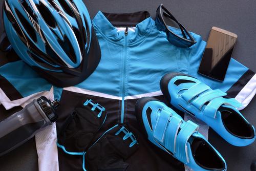 Hasil gambar untuk Bikin Jersey Sepeda : Tips Bersepeda Kompak Bersama Teman-Teman