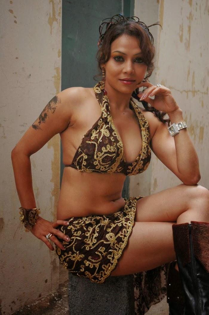 bhojpuri hot aunty photo