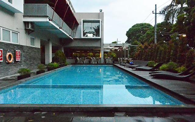 Kolam renang Hotel Horison Ultima Malang