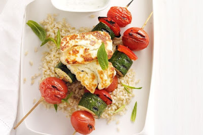 minutes is all it takes to create this delicious and tasty meal Vegetable kebabs with grilled haloumi, garlic yoghurt and lemon rice recipe