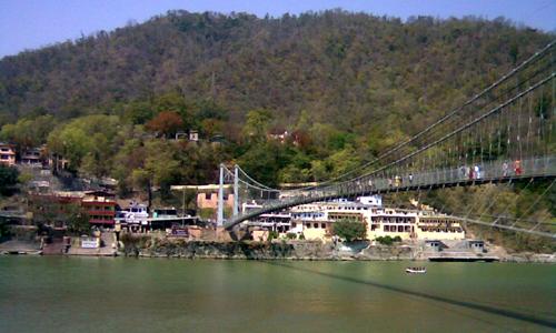 Tourist Places - Ram Jhula & lakshman Jhula - travelmaniak.info