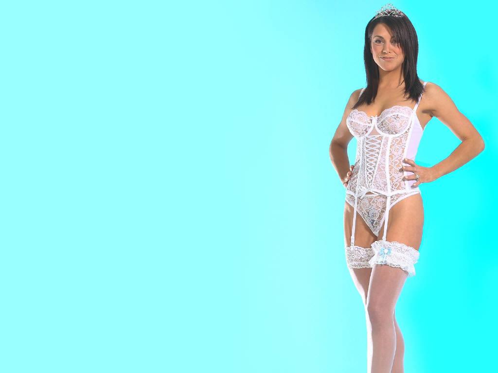 Camilla Jolie Pictures 14