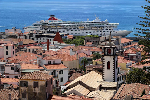 an integrated cruise ship in town