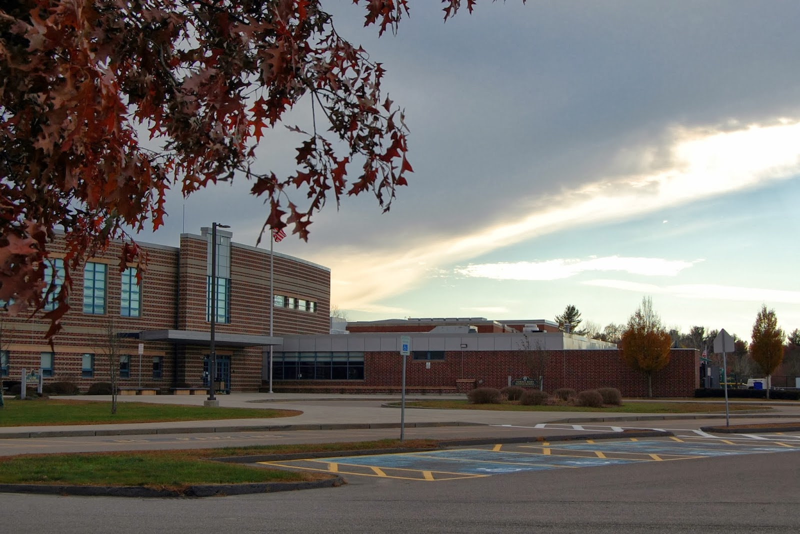 Oak St/Horace Mann school complex