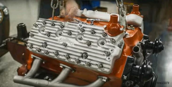 Sau khi nâng cấp lên động cơ Ford Flathead V8 trông như mới