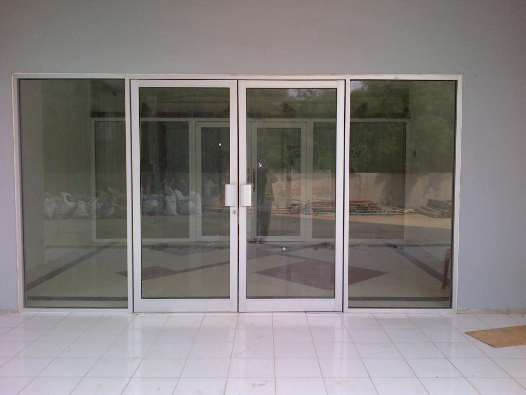 Model Pintu Kantor Modern dan Kekinian