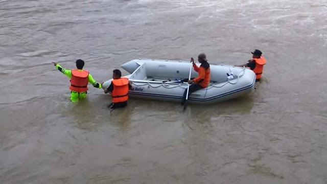 Warga Saronda yang Terseret Banjir Belum Ditemukan
