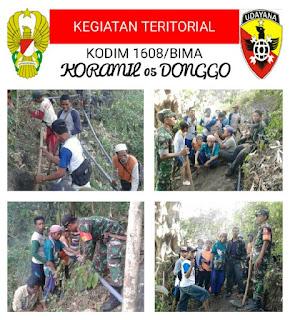 Koramil Donggo dan Kades Mbawa Pimpin Gotong-royong Pemasangan Pipa Air Bersih