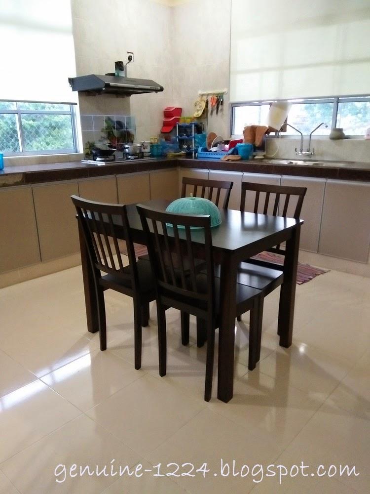 Sebijik Sejibon Ngan Meja Kat Ruang Makan Anya Sana 6 Kerusi Yg Ni 4 Jarak Dr Ke Kabinet Dapur Tu Dlm 2 Kaki