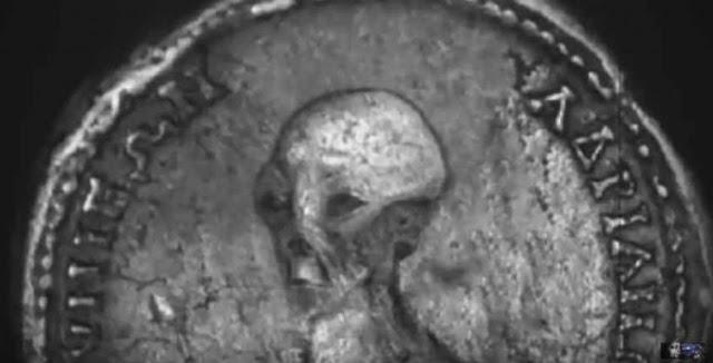 Βρήκαν νόμισμα με… κεφαλή ΕΞΩΓΗΙΝΟΥ και ελληνική γραφή στην ΑΙΓΥΠΤΟ! (ΦΩΤΟ&ΒΙΝΤΕΟ)
