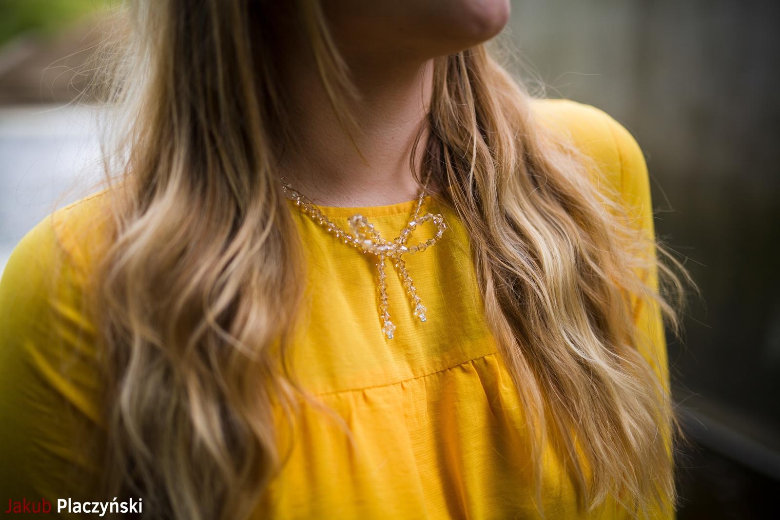 6 żółta sukienka na lato bonprix niebieskie espadryle z ananasem renee shoes reneegirls reneeshoes melodylaniella modnapolka lookbook ootd moda na lato biżuteria piotrowski swarovski