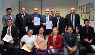 Senador Raimundo Lira recebe prefeitos em Brasília e discute ações e obras para Municípios paraibanos