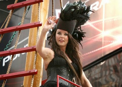 Sarah Brightman at the Thanksgiving Day Parade