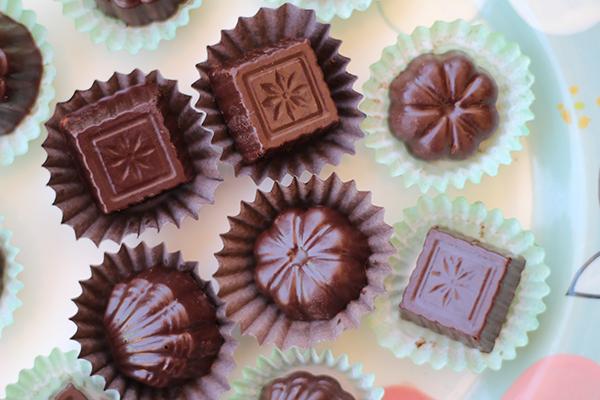 طريقة عمل شوكولاتة بالكروكان