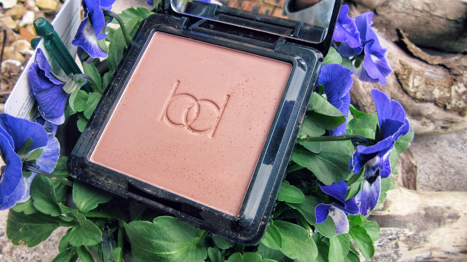 New Bronzer, Contouring, Pale Girls