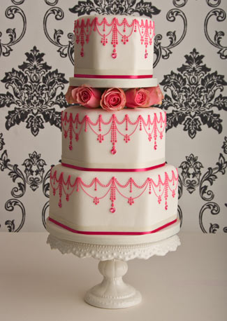 world of cakes three tier pink vintage wedding cake with roses. Black Bedroom Furniture Sets. Home Design Ideas