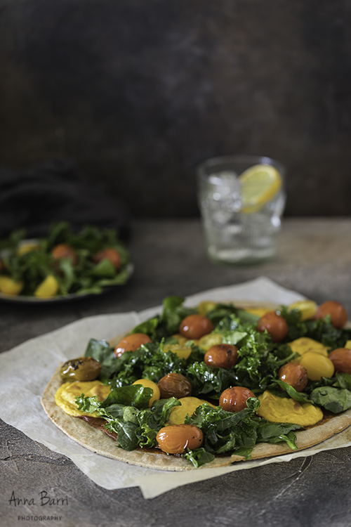 Vegan-pizza-with-kale-tomatoes-cheddar1