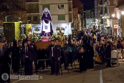 https://interbenavente.es/not/26100/entre-tinieblas-llego-el-martes-santo-a-benavente/