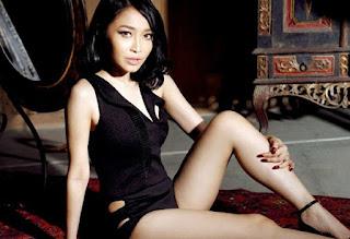 foto hot Rini Wulandari
