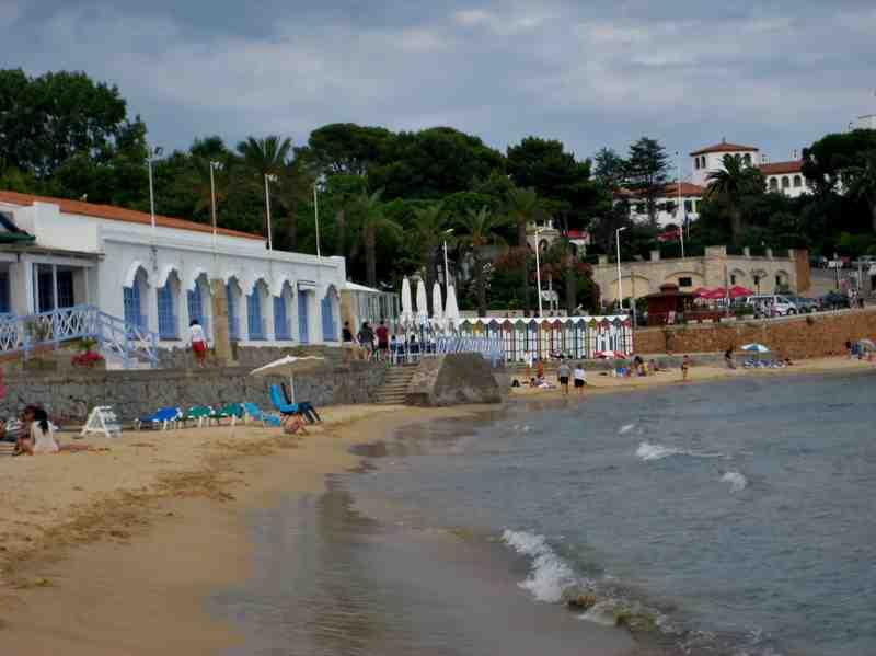 Callejeando callejeando casitas de ba o playa de sant - Casitas de playa ...