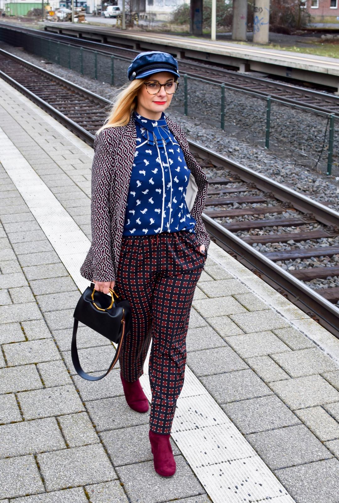 Kann ich im Büro Muster tragen ? Blazer, Hose und Bluse