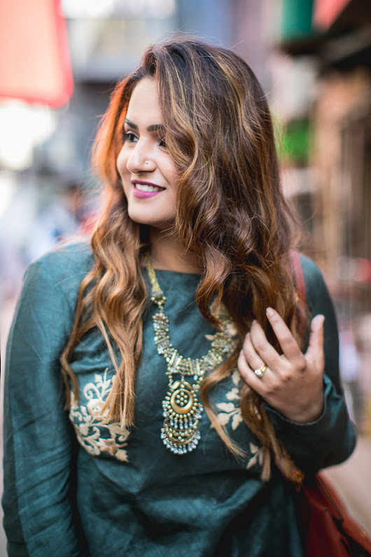 Guilty Bytes: Indian Fashion Blogger | Delhi Style Blog | Beauty Blogger | Wedding Blog: The Only Rule I Swear By When I Wear A Statement Necklace